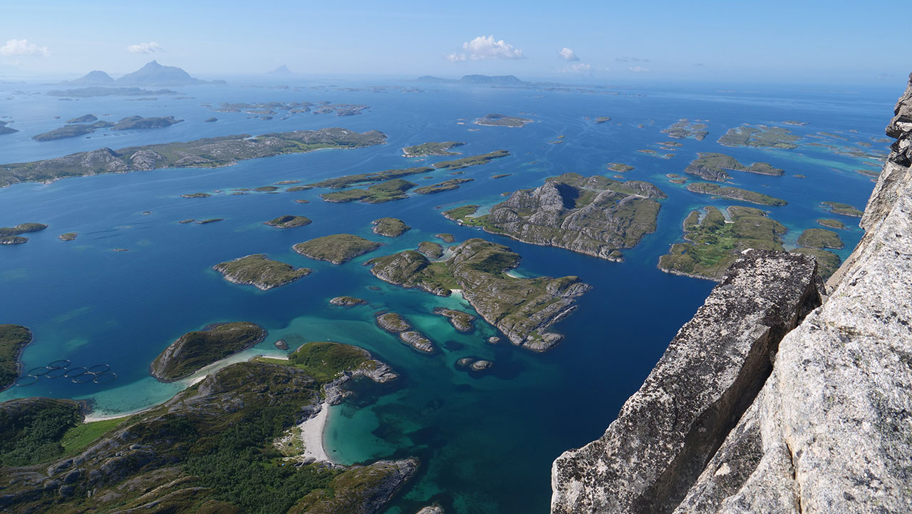 På toppen av Rødøyløva